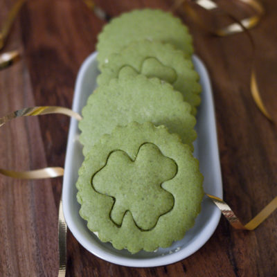 Green Tea Sandwich Cookies with Honey Cream Cheese Filling ♣