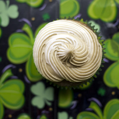 Matcha Green Tea Cupcakes for St. Patrick's Day ♣